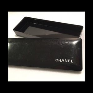 Chanel Box / Case Cosmetics , Makeup Brushes